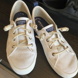 LIKE NEW WHITE SPERRY from HAWAII!! 🍹